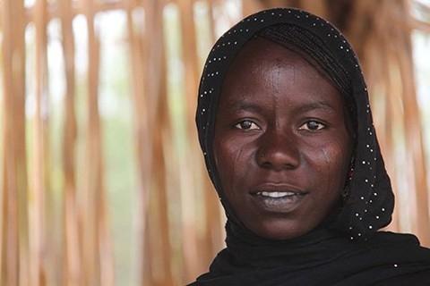 Halima a été forcée de devenir une kamikaze. Durant sa formation, elle a espéré avoir une occasion de s'échapper. © UNFPA Tchad / Théodore Somda