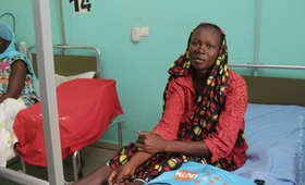 Cette jeune maman a accouché dans de bonnes conditions grâce à l'appui au gouvernement de partenaires comme  l'UNFPA